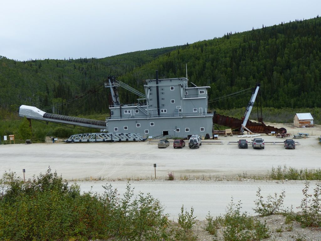Dredge no 4. Note the cars in the foreground for perspective.