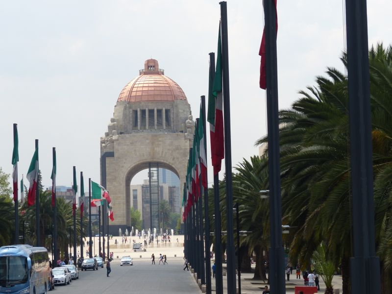 We had one afternoon in Mexico City on our way back, which we occupied with a bus tour of the city.