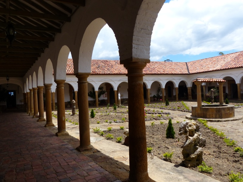 We also stopped to see the Convento del Santo Ecce  Homo, founded in 1620.