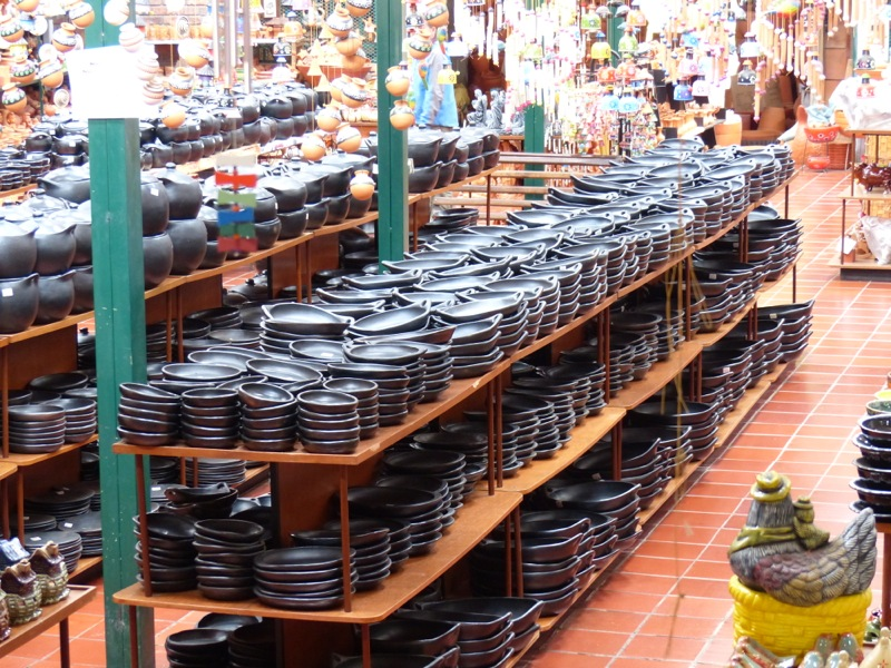 It was lots of fun window shopping. They had racks and racks of the black pottery that's for sale in New Mexico, except here it's like $5 per dish. Too bad there's no room in the van...