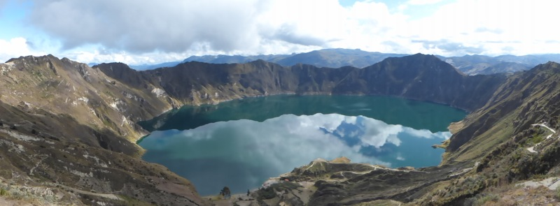 The next day we stopped at Laguna Quilatoa, a deep turquoise crater lake.
