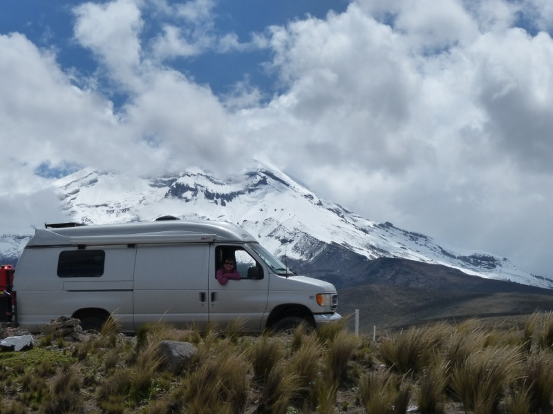 On the way back to Cuenca we drove through Chimborazo National park one more time hoping to get a glimpse of the volcano that was shrouded in mist on our last trip through. We weren't disappointed!
