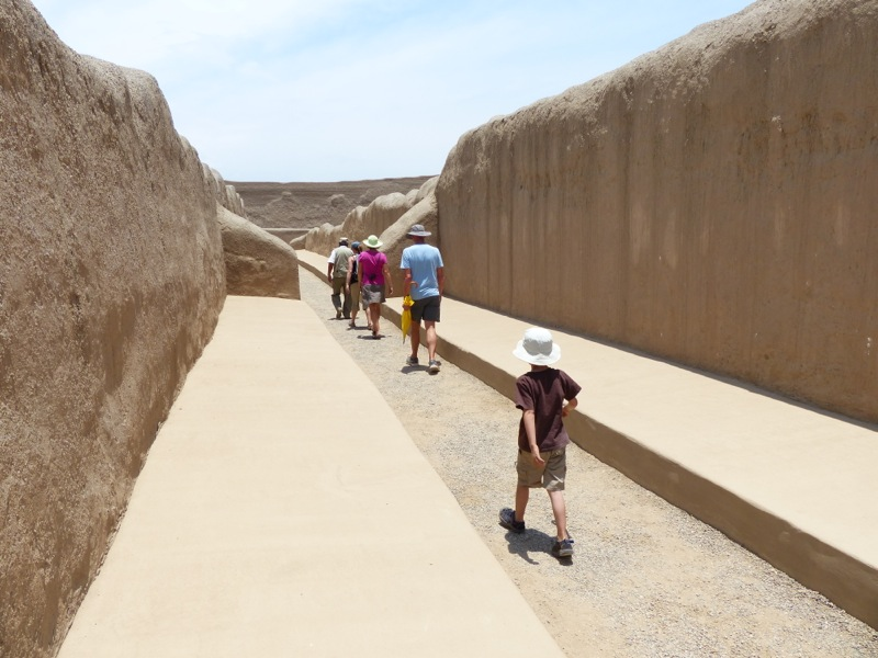 We visited the pre-Incan ruins of Chan-Chan. The Chimor people who constructed the city worshiped the moon and believed the sun to be evil. After an hour of strolling around the site we tended to agree.