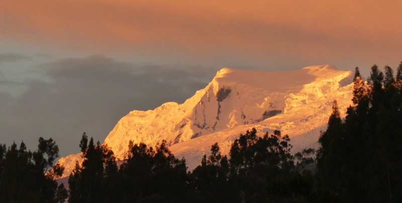 We moved into our new digs and enjoyed the view of the evening light on Huascarán from our rooftop patio.