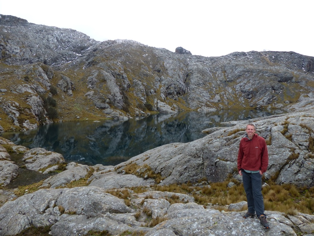 I went for a hike to laguna Apuac which is just outside of town. The taxi dropped me off at about 12,000 feet and the lake is at 15,000 feet. I felt the lack of air!