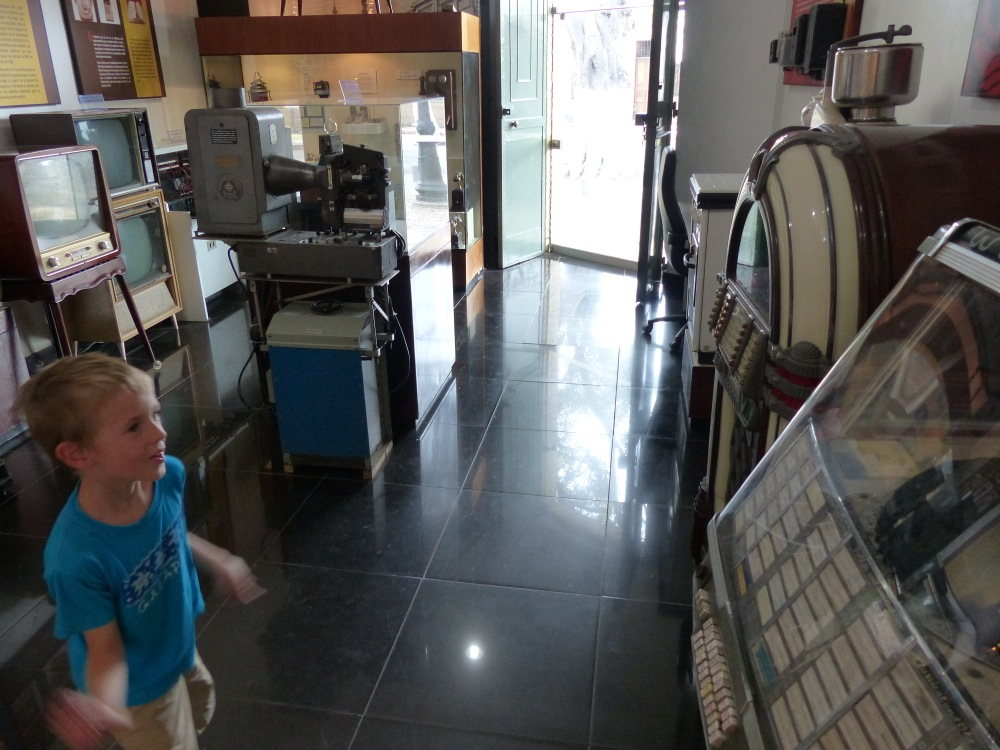I tried to explain to Quinn how this old jukebox worked, and how we have 1000x as much music stored on a thumb drive as fits in this big machine. I don't think he got it.