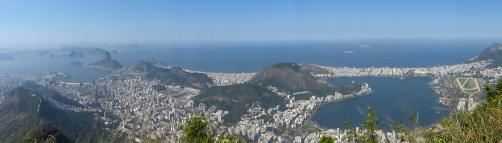 The next day we went to the famous statue of Christ the Redeemer. The views were equally stunning.
