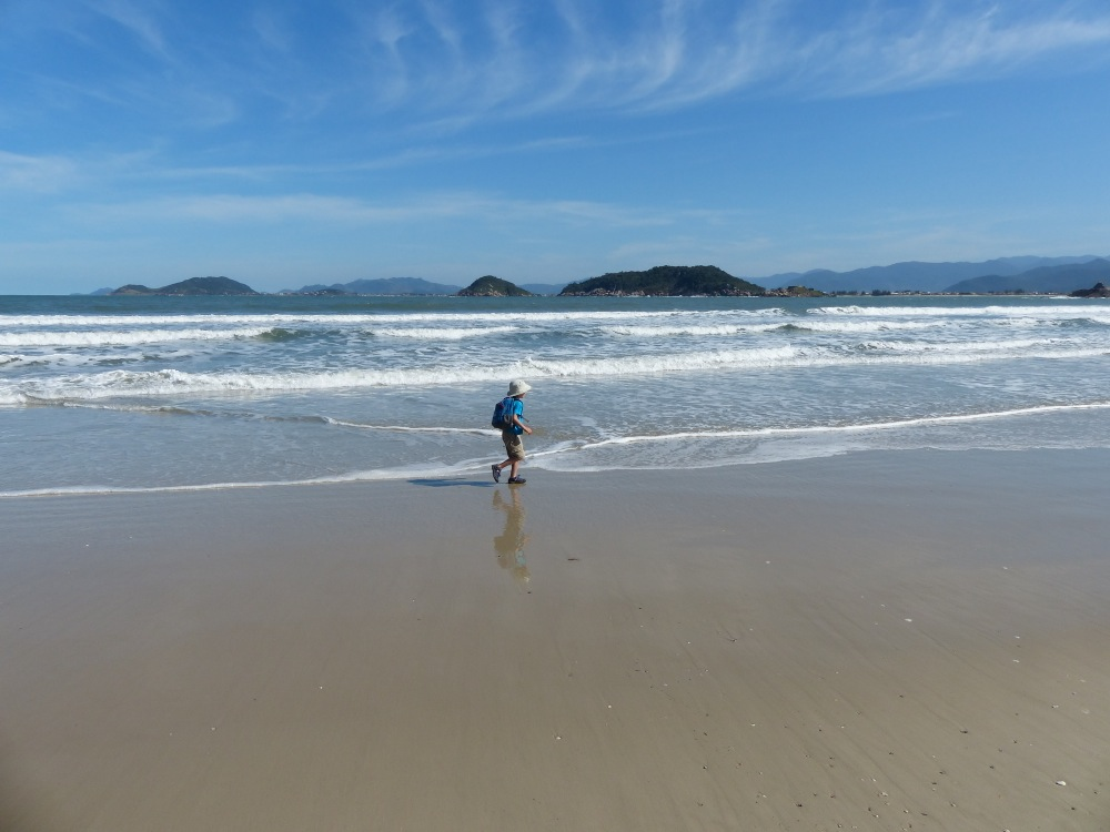 We got a nice sunny weekend to hike to a secluded beach at the southern end of Santa Catarina Island.