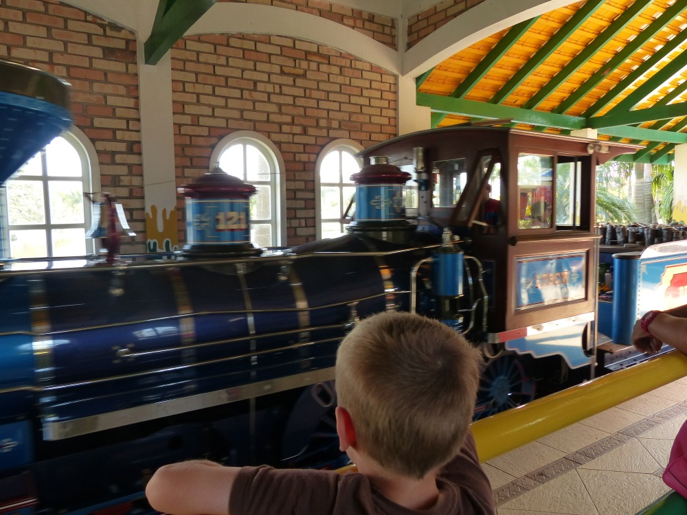 They even had an authentic looking steam train that took us past various cowboy and dinosaur themed attractions.