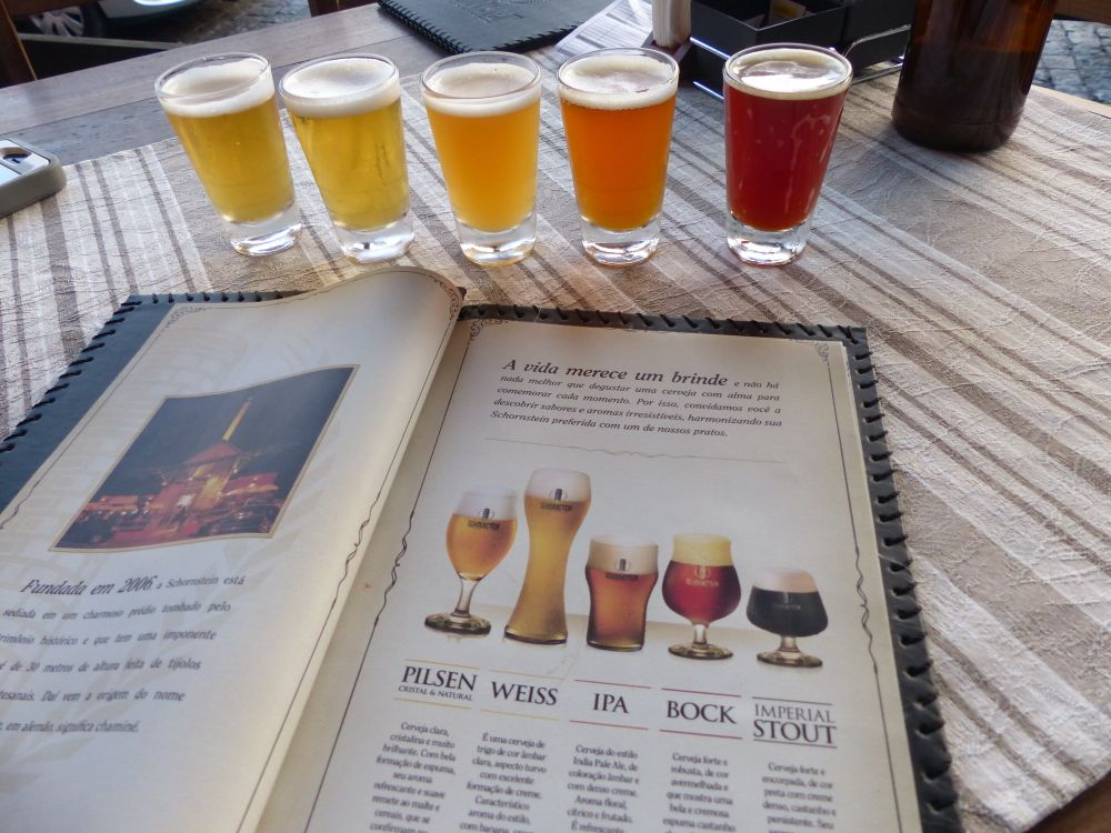 There are a lot of breweries in the area, and we got to sample some excellent beers.