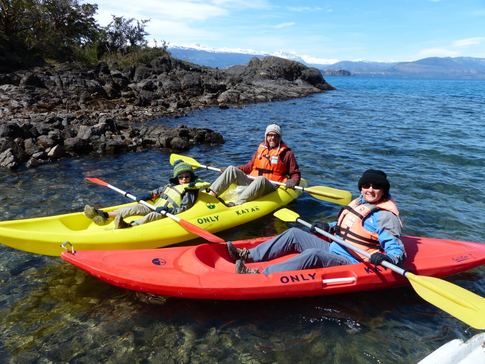 The next day we rented kayaks to paddle to a set of marble cave formations.